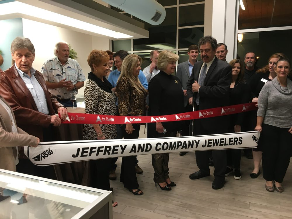 The Woodlands, TX– Jeffrey and Company Jewelers, a jewelry store that specializes in Victorian-era and estate jewelry, opened its doors the first of December in Crossroads Square at Creekside Park in The Woodlands.