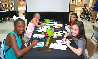 On Saturday, July 27 from 10 am – 12 noon, The Woodlands Arts Council (TWAC) and The Woodlands Mall will present the 7th Annual Summer Art Workshop for all students who will be entering the fifth and sixth grades this fall.