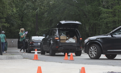 Interfaith of The Woodlands Drive Through of Caring